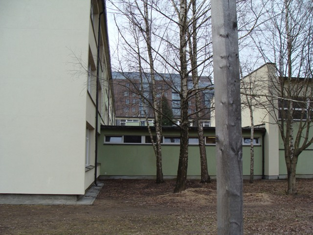 Fasado Darbai - šiltinimas Polistirolu, Tinkavimas, Dažymas - Santaros Vid. Mokykla