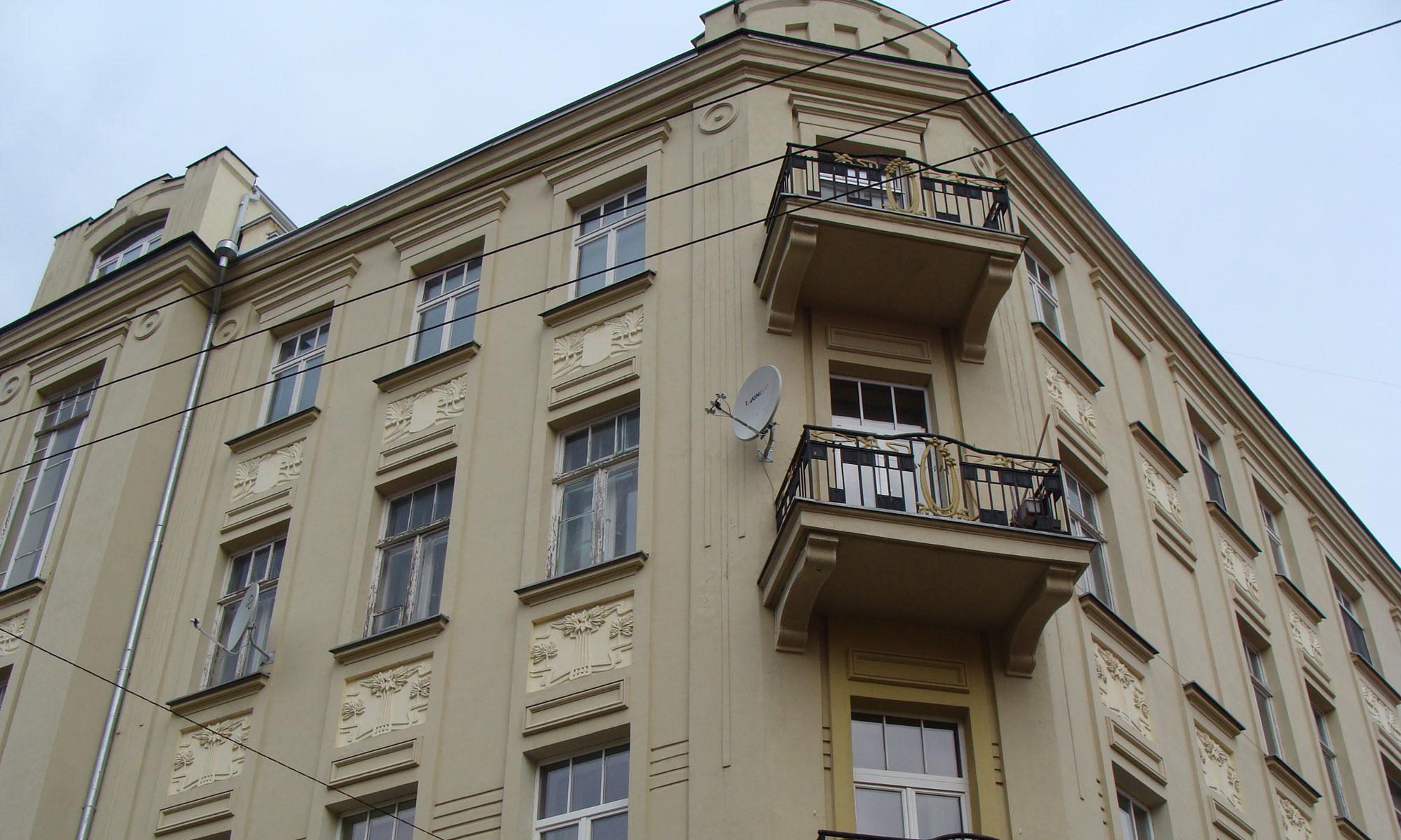 Fasado Plovimas, Tinkavimas Ir Fasado Dažymas